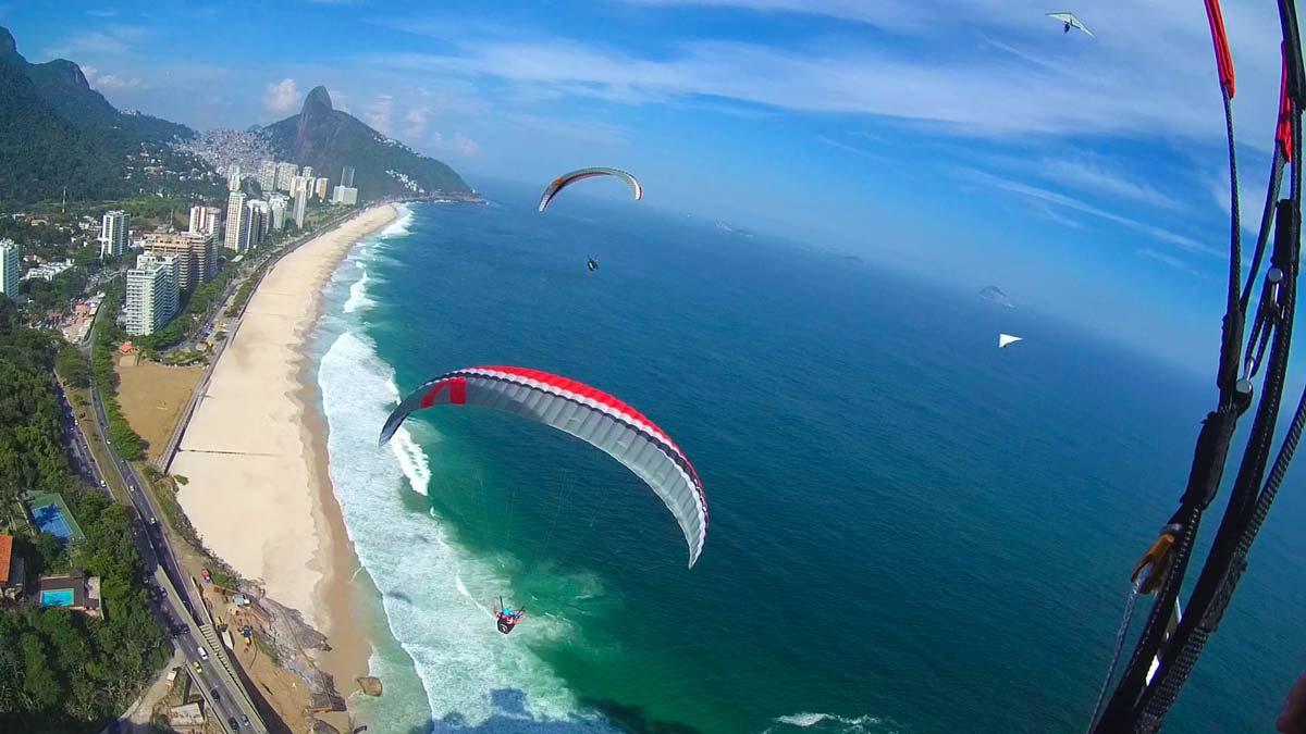 Voo de parapente em São Conrado - Rio de Janeiro